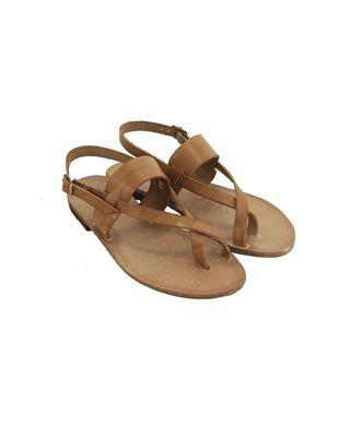 Sandalo infradito semplice e lineare