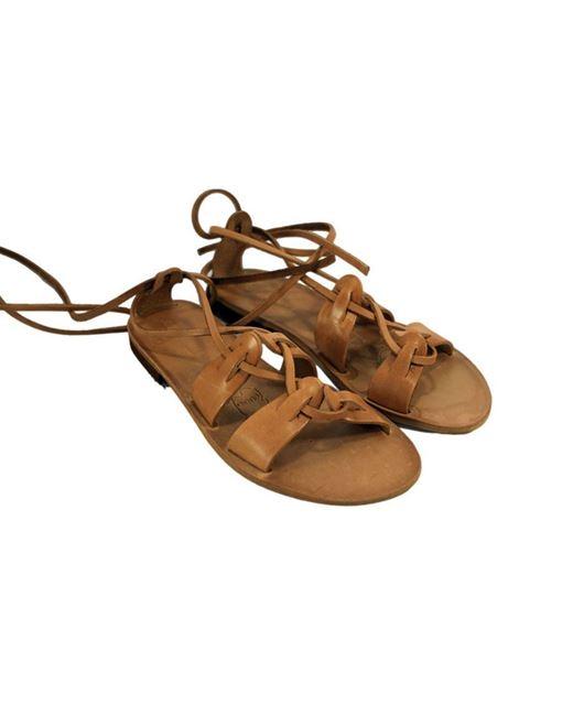 Sandalo alla schiava